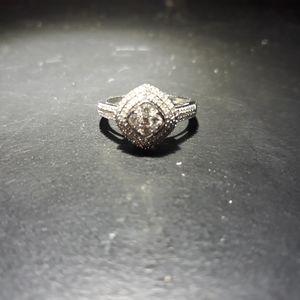 Jewelry - Genuine Diamond Ring iv21